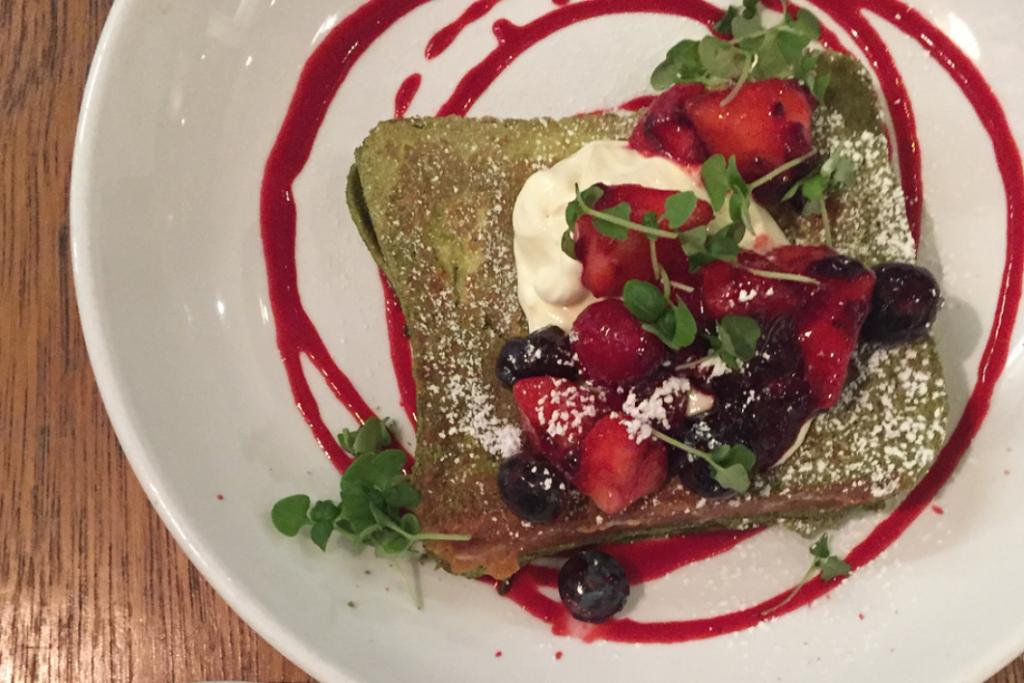 lantana shoreditch matcha & berries french toast